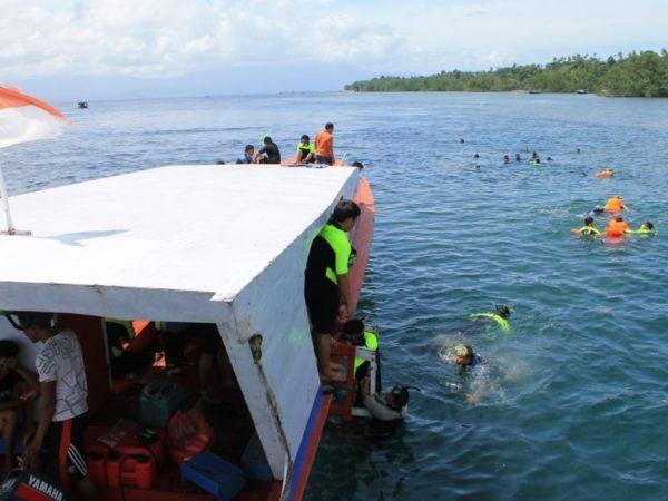 4 Tips Biar Kamu Puas Snorkeling di Bunaken