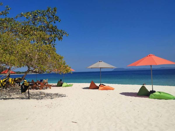 Siap Jadi Anak Pantai? Berikut Manfaat Wisata Pantai